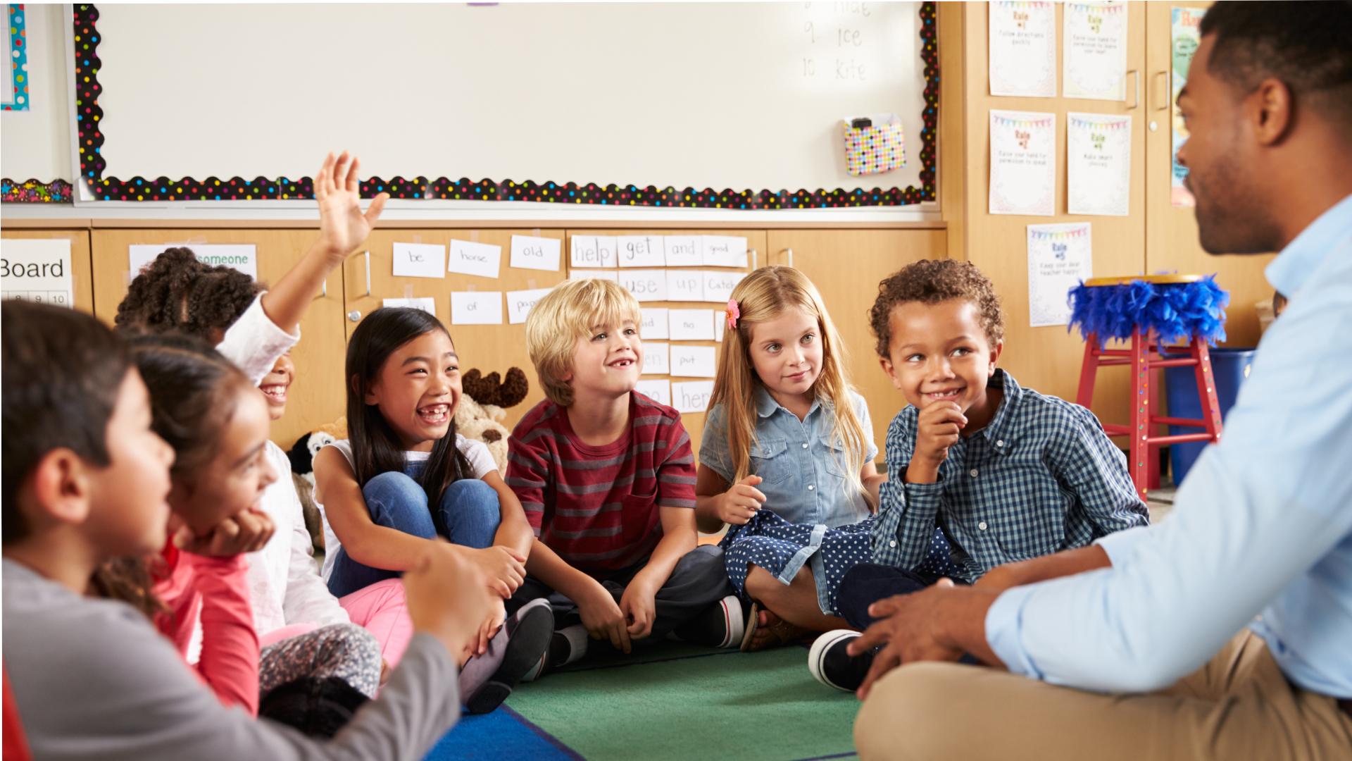 To czego uczą nauczyciele, gdy odkładają podręcznik na bok